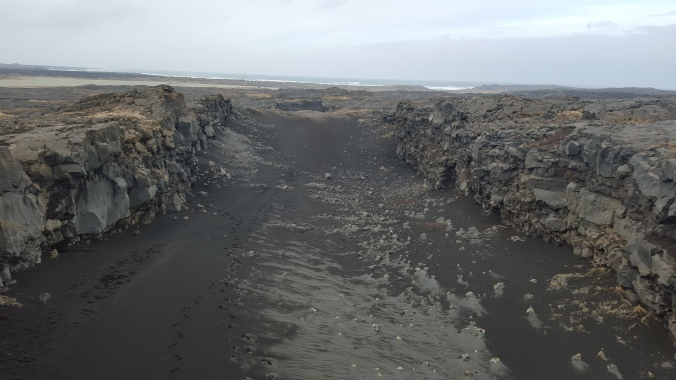 Midlina - the rift between the American and Eurasian tectonic plates