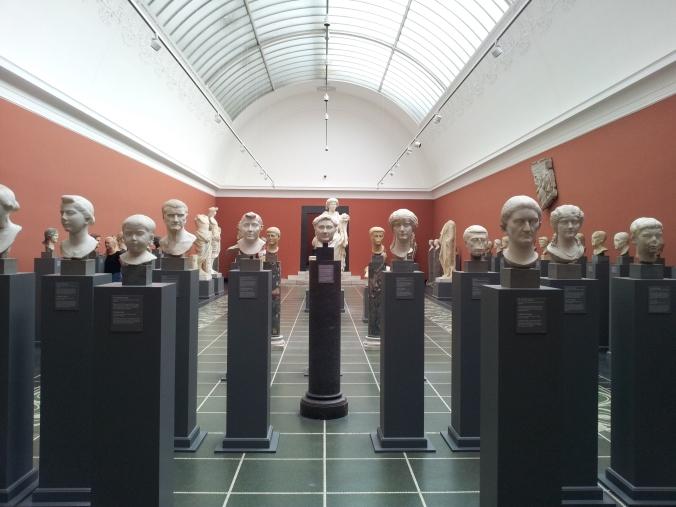 A lot of heads in the Glyptotek