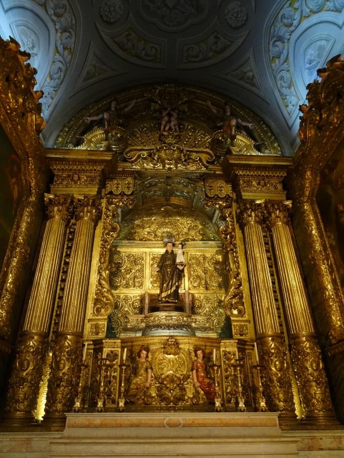 Glitzy baroque interiors at Igreja de São Roque
