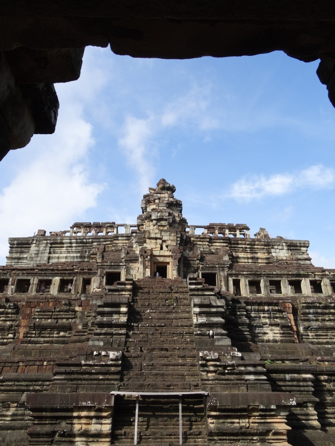Imposing Bauphon temple