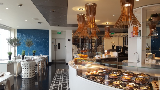 Breakfast buffet at the Qatar First and Business Class Lounge, Heathrow Terminal 4