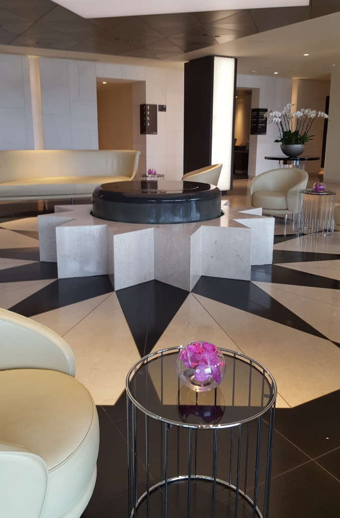 Lobby of the Qatar First and Business Class Lounge, Heathrow Terminal 4