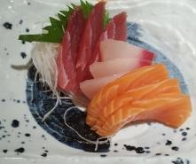 Mixed sashimi at Sushi Zanmai