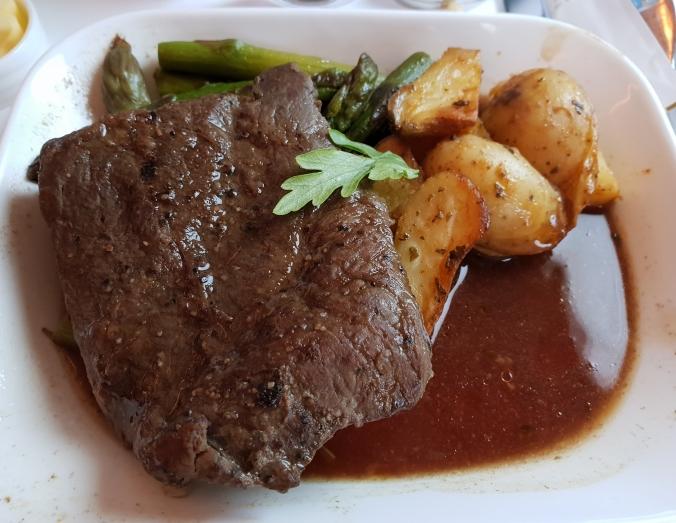 Emirates A380 business class  Dubai to London  sou-vide flat iron beef steak for dinner
