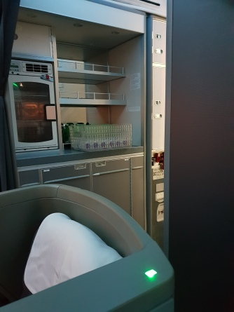 British Airways Club World front cabin - proximity of row 7 to the galley