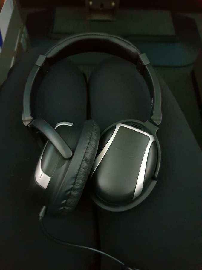 British Airways Club World headphones