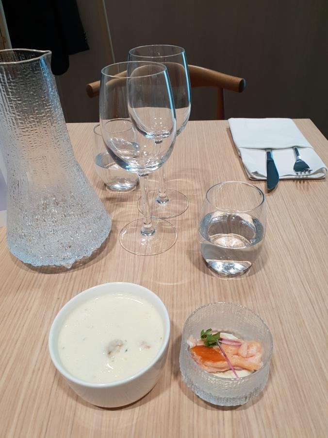 Finnair First Class Lounge food, Helsinki Vantaa