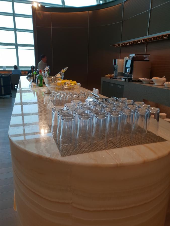 Asiana Lounge, Seoul Incheon drinks selection