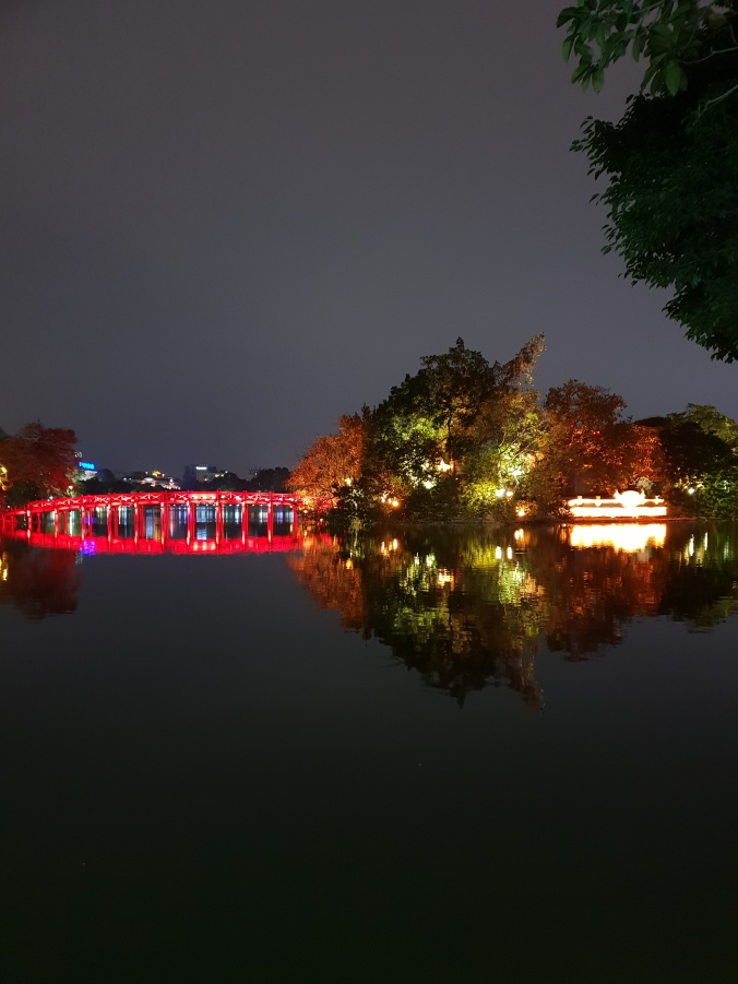 Hoan KIem Lake by night, Hanoi