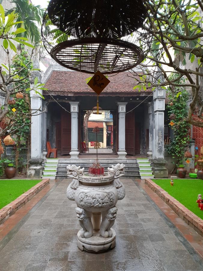 Đình Kim Ngân communal house