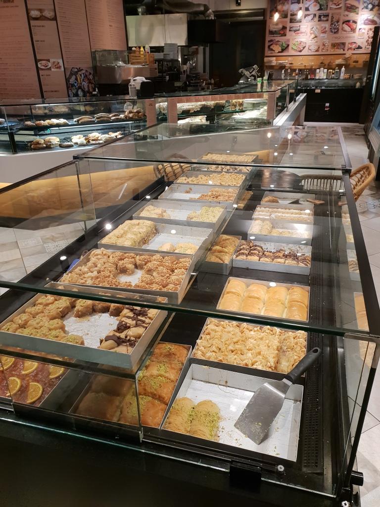 Ragousis bakery, Naousa