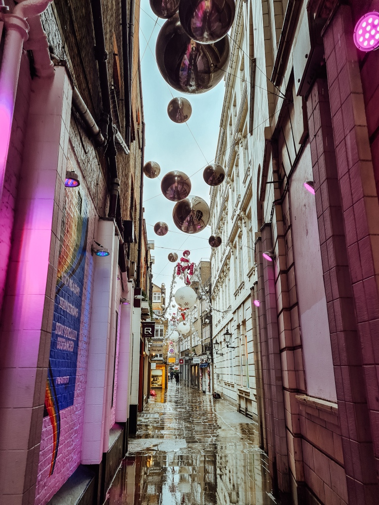 St Christopher's Place Christmas lights 2020